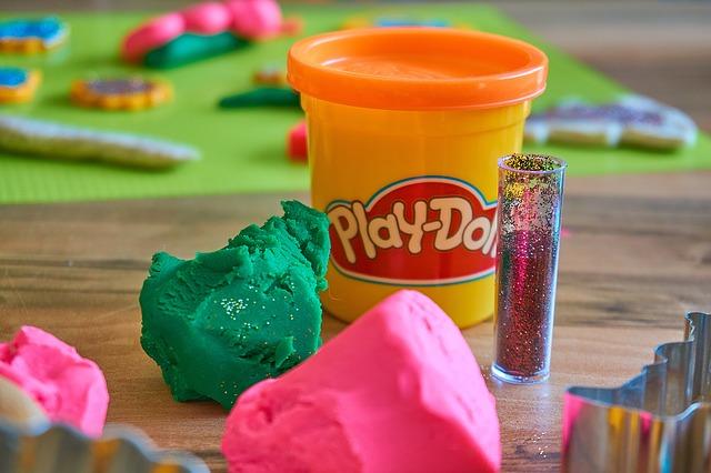 play-doh-3308885_640